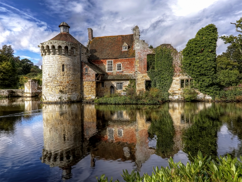 Phil Lenney - Scotney Castle
