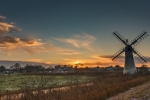 Gary Mills - Early Light at Thurne